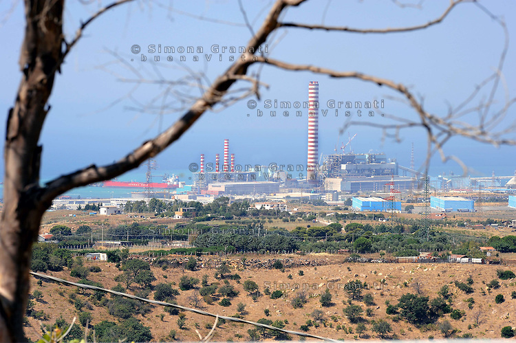 26 agosto 2009.Civitavecchia .Le centrali elettriche a carbone.Coal-burning