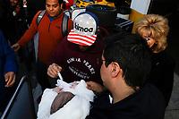 IMSA WeatherTech SportsCar Championship<br /> The Roar Before the Rolex 24<br /> Daytona International Speedway<br /> Daytona Beach, FL USA<br /> Sunday 7 January 2018<br /> #23 United Autosports Ligier LMP2, P:  Fernando Alonso, fans, autographing a baby<br /> World Copyright: Michael L. Levitt<br /> LAT Images