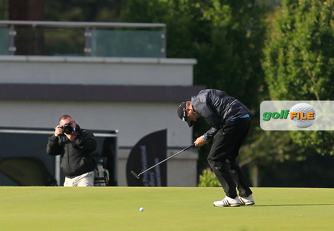 Simon Thornton (IRL) 3 putts on the 18th green and is runner-up in the 106th Irish PGA Championship at Moyvalley Hotel &amp; Golf Resort, Moyvalley, Co. Kildare.  25/09/2016.<br /> Picture: Golffile | Thos Caffrey<br /> <br /> <br /> All photo usage must carry mandatory copyright credit     (&copy; Golffile | Thos Caffrey)