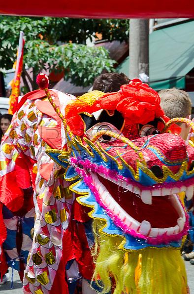 Dança do Dragão na Comemoração do Ano Novo Chinês - número 4711 - ano da serpente da água, no bairro da Liberdade, São Paulo - SP, 02/2013.