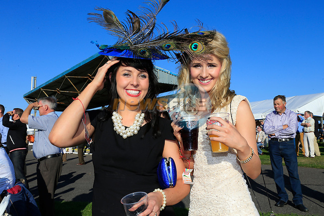 Suzanne Murphy and Arleen McFay<br /> at the bellewstown Races August meeting<br /> Picture www.newsfile.ie