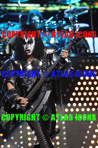 KISS; 2009; LIVE,  NEIL ZLOZOWER
