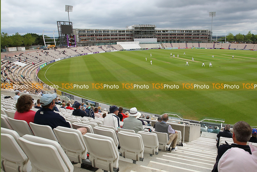 General view of play on Day One - Hampshire CCC vs Essex CCC - LV County Championship Division Two Cricket at the Ageas Bowl, West End, Southampton - 15/06/14 - MANDATORY CREDIT: Gavin Ellis/TGSPHOTO - Self billing applies where appropriate - 0845 094 6026 - contact@tgsphoto.co.uk - NO UNPAID USE