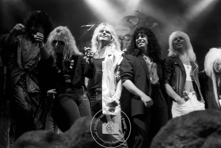 Dave Alford, Frankie Banali, David Henzerling, Lita Ford
