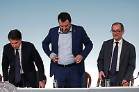 Giuseppe Conte, Matteo Salvini e Giovanni Tria<br /> Roma 15/10/2018. Consiglio dei Ministri sulla Manovra Economica DEF.<br /> Rome October 15th 2018. Minister's Cabinet about the Economic and Financial Document.<br /> Foto Samantha Zucchi Insidefoto