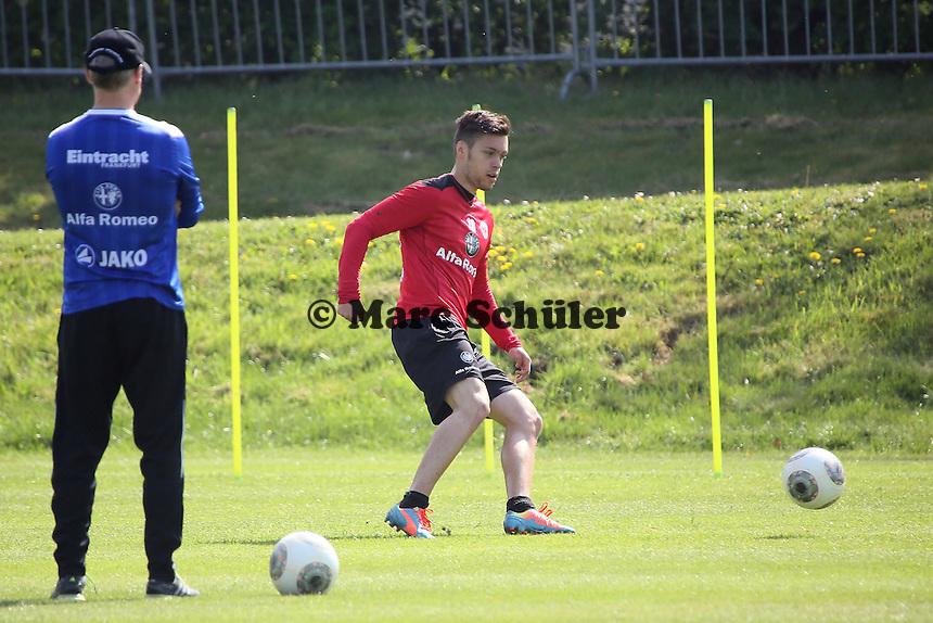 Trainer Armin Veh mit Vaclav Kadlec (Eintracht) - Eintracht Frankfurt Training, Commerzbank Arena