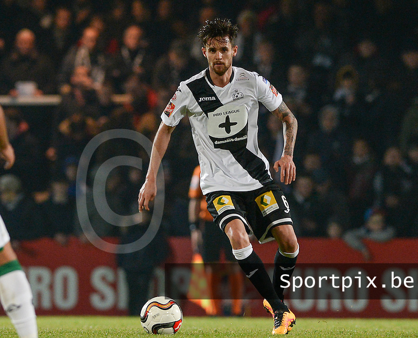20161217 - ROESELARE , BELGIUM : Roeselare's Thibault Van Acker pictured during the Proximus League match of D1B between Roeselare and Cercle Brugge, in Roeselare, on Saturday 17 December 2016, on the day 20 of the Belgian soccer championship, division 1B. . SPORTPIX.BE | DAVID CATRY