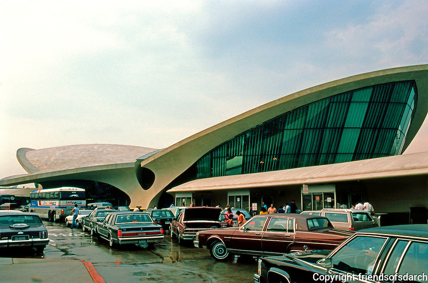 Eero Saarinen: TWA Terminal, Kennedy International. 1956-1962.