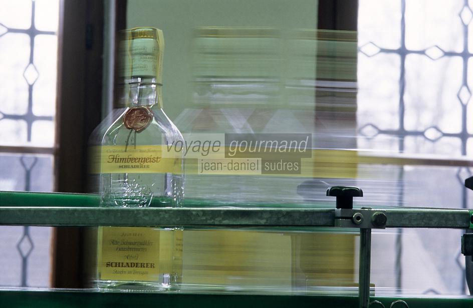 "Europe/Allemagne/Forêt Noire/Stauffen : Distillerie ""Schladerer"" - Kirsh de la Forêt Noire"