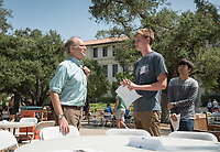 Daniel Snowden-Ifft, Professor, Physics. Individual faculty advising appointments in the Academic Quad for incoming first-years at the start of Occidental College's Fall Orientation for the class of 2021, Aug. 25, 2017.<br /> (Photo by Marc Campos, Occidental College Photographer)