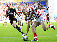 PICTURE BY CHRIS MANGNALL /SWPIX.COM...Rugby League - Super League  - Wigan Warriors v Bradford Bulls - DW Stadium, Wigan, England  - 29/06/12... Wigan's  1st Try Anthony Gelling runs in to score