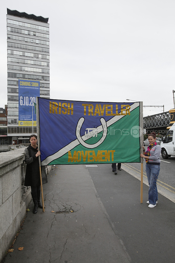 "NO REPRO FEE. 22/9/2011. Pictured are  Members of the Irish Travellers movement. Author, journalist and health rights campaigner Orla Tinsley joins rights campaigners to launch the ""Your Rights Right Now"" campaign's flagship 25 metre-high banner, which was unfurled on Dublin's Liberty Hall. The appearance of the banner, which will dominate the Liffey skyline for the next fortnight, marks the final countdown to Ireland's first ever full hearing on its human rights record under the United Nations 'Universal Periodic Review' (UPR) in Geneva on 6th October 2011. For further information, see the note below, and/or contact: Walter Jayawardene walter.jayawardene@iccl.ie. Tel. + 353 1 799 4503Mob: +353 87 9981574 . Picture James Horan/Collins Photos"