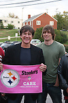 Frank Dicopoulos & Zack Conroy - Guiding Light's actors meet fans at Stacy Jo's Ice Cream in McKees Rocks, PA on September 30, 2009. During the weekend of events proceeds from pink ribbon bagel sales at various Panera Bread locations will benefit the Young Women's Breast Cancer Awareness Foundation. (Photo by Sue Coflin/Max Photos)