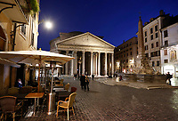 A view Piazza del Pantheon empty and with closed cafes in Rome, Italy, March 10, 2020. The Italian government imposed restriction aimed to contain the Covid-19 spread, including cafes, restaurants and other shops forced to close at 6pm and forbidding personal movement.<br /> UPDATE IMAGES PRESS/Riccardo De Luca