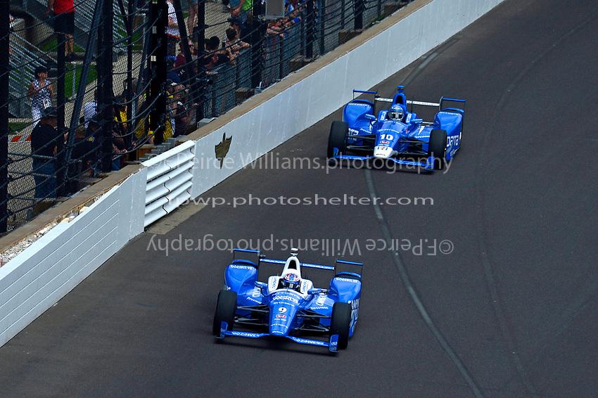 Verizon IndyCar Series<br /> Indianapolis 500 Race<br /> Indianapolis Motor Speedway, Indianapolis, IN USA<br /> Sunday 28 May 2017<br /> Scott Dixon, Chip Ganassi Racing Teams Honda and Tony Kanaan, Chip Ganassi Racing Teams Honda<br /> World Copyright: F. Peirce Williams<br /> LAT Images