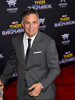 Mark Ruffalo at the premiere for &quot;Thor: Ragnarok&quot; at the El Capitan Theatre, Los Angeles, USA 10 October  2017<br /> Picture: Paul Smith/Featureflash/SilverHub 0208 004 5359 sales@silverhubmedia.com