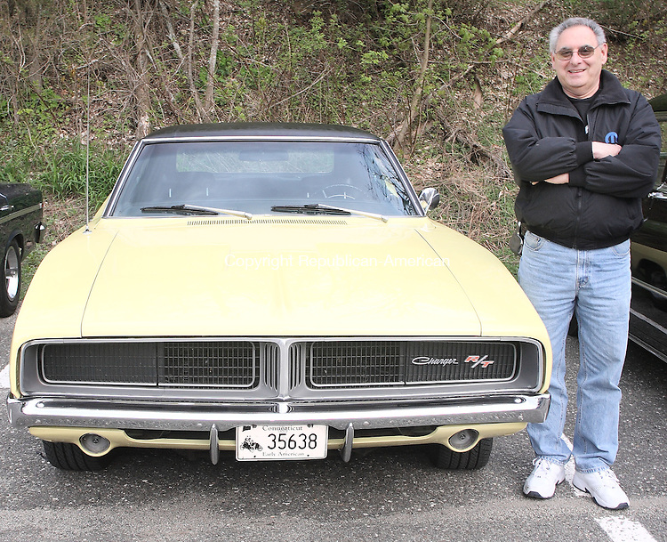 Woodbury, CT-01 MAY 2008-050108MK57 Jerry Covino with his 1969 Charger RT  203 754 9207 WTBY. (Michael Kabelka / Republican-American  ()CQ