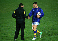 Mike Delaney catches up with Wellington assistant coach Andre Bell before the Mitre 10 Cup rugby union match between Bay of Plenty and Wellington at Rotorua International Stadium in Rotorua, New Zealand on Thursday, 31 August 2017. Photo: Dave Lintott / lintottphoto.co.nz