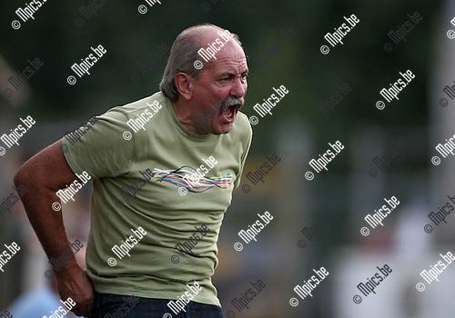 2009-08-08 / Voetbal / seizoen 2009-2010 / Dessel Sport / Michel Kenis..Foto: Maarten Straetemans (SMB)