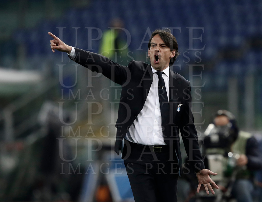 Europa League quarter-final 1st leg <br /> S.S. Lazio - FC Salzburg  Olympic Stadium Rome, April 5, 2018.<br /> Lazio's coach Simone Inzaghi speaks to his players during the Europa League match between Lazio and Salzburg at Rome's Olympic stadium, April 5, 2018.<br /> UPDATE IMAGES PRESS/Isabella Bonotto