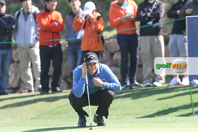 Alexander Noren (SWE) on the 17th on Day 1 of the Ballantines Championship 2012 at Blackstone Golf Course, Icheon, Korea...(Photo Jenny Matthews/www.golffile.ie)