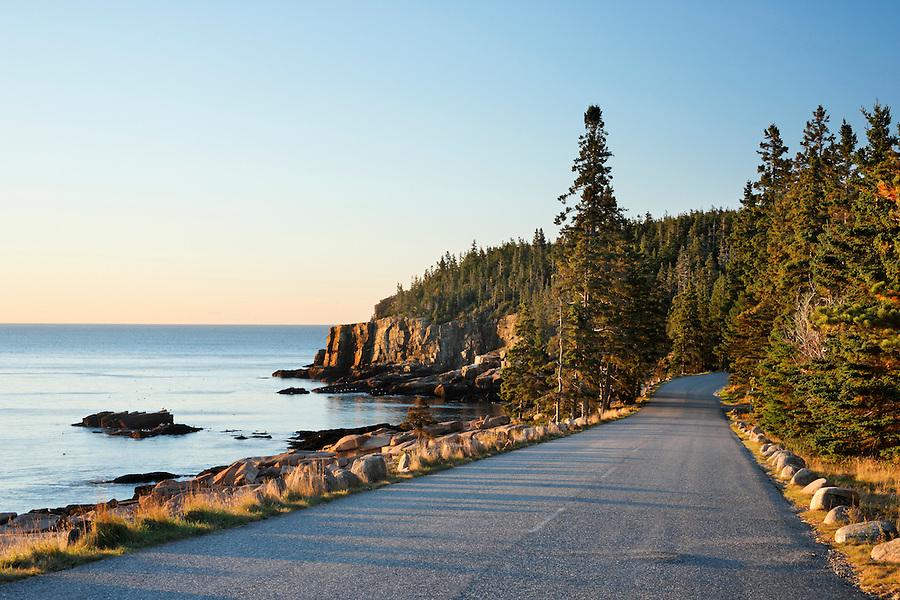 Park Loop Road along rocky shoreline, Otter Cliff, Frenchman Bay, Mount Desert Island, Acadia National Park, Hancock County, Maine, USA