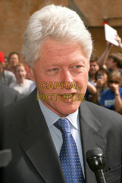FORMER PRESIDENT BILL CLINTON.At The David Letterman Show in New York City. .June 15, 2005.headshot portrait microphone.www.capitalpictures.com.sales@capitalpictures.com.©Capital Pictures
