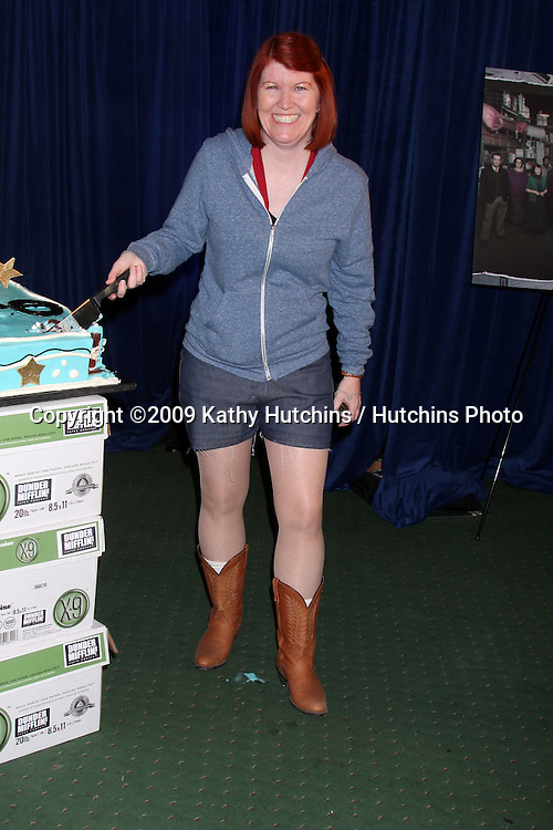 """Kate Flannery 100th Episode of """"The Office""""  On Location at Calamigos Ranch in Malibu , CA on April 14, 2009.©2009 Kathy Hutchins / Hutchins Photo....                ."""