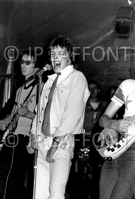 Mont de Marsan, France. August 7th 1977.  Eddie and the Hot Rods performing at the second edition of the first European Punk Rock Festival at Mont De Marsan.