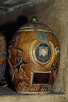 Urnen in Giac Lam-Pagode in Saigon, Vietnam