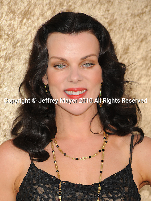"HOLLYWOOD, CA. - June 16: Debi Mazar  arrives at the ""Entourage"" Season Seven Premiere at Paramount Theater on the Paramount Studios lot on June 16, 2010 in Hollywood, California."