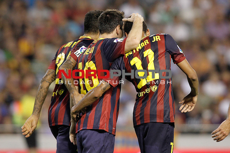 FC Barcelona's Daniel Alves, Leo Messi and Neymar Santos Jr celebrate goal during La Liga match.September 1,2013. Foto © nph / Acero)