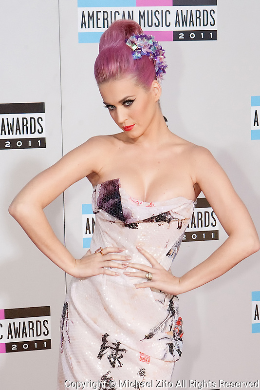 11/20/11 Los Angeles, CA: Katy Perry during the arrivals at the 2011 American Music Awards held at the Nokia Theatre.