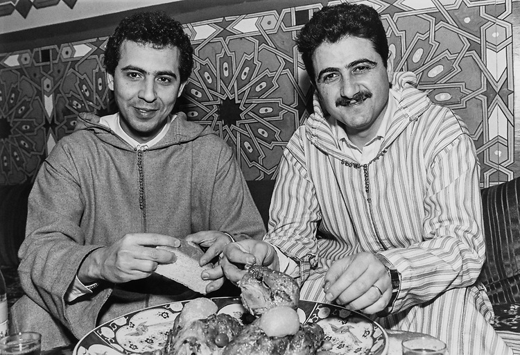 Men having Marrakech food, on March 7, 1991. (Photo by Maureen Keating/CQ Roll Call via Getty Images)