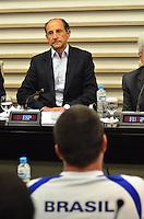 SÃO PAULO, SP, 14, DE FEVEREITO 2012 – SKAF HOMENAGEADO PELA CONFEDERAÇÃO BRASILEIRA DE DESPORTOS AQUÁTICOS – Na tarde de terça-feira (14), Paulo Skaf foi homenageado com medalha e placa pela Conderação Brasileira de Desportos Aquáticos, pela sua colaboração em relação aos esportes aquáticos como presidente da FIESP, que patrocina esportistas e inaugurou em 2011 uma piscina de polo aquático na Vila Leopodina, na capital paulista, onde em 2012 será realizado o Troféu Brasil de Natação, maior competição nacional deste esporte. A homenagem foi prestada pelo presidente da CBDA, Coaracy Nunes Filho e por Gustavo Grummy, medalhista de bronze em polo aquático no Panamericano de Guadalarrara, em 2011. (FOTO: CAIO BUNI / NEWS FREE).