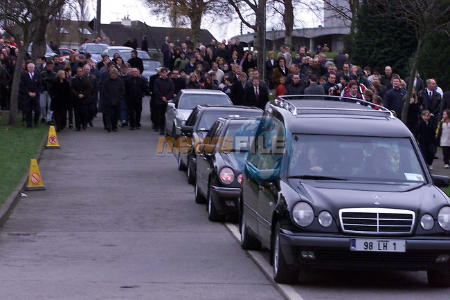 The remains of Jean Corr, mother of The Corrs passing through Dundalk yesterday..Picture: Newsfile.Manadatory Byline