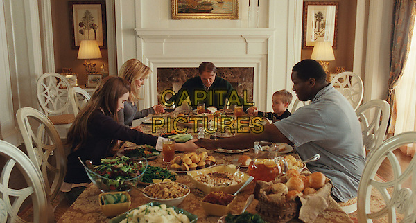 LILY COLLINS, SANDRA BULLOCK, TIM McGRAW, JAE HEAD & QUINTON AARON.in The Blind Side.*Filmstill - Editorial Use Only*.CAP/FB.Supplied by Capital Pictures.