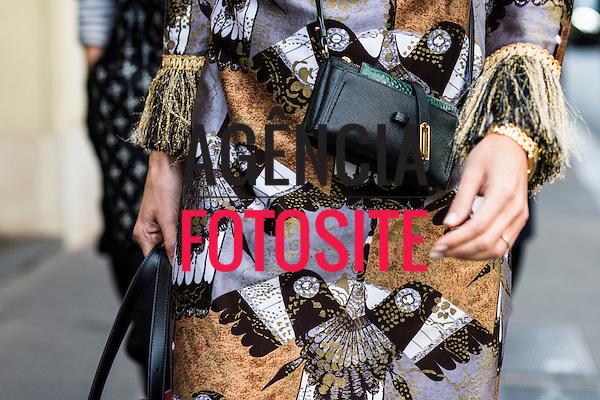 Street Style<br /> <br /> Paris - Verao 2017<br /> <br /> Outubro 2016<br /> <br /> FOTOSITE