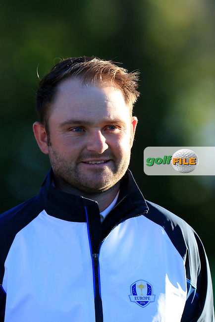 Andy Sullivan (ENG) European Team photo shoot during Tuesday's Practice Day of the 41st Ryder Cup held at Hazeltine National Golf Club, Chaska, Minnesota, USA. 27th September 2016.<br /> Picture: Eoin Clarke | Golffile<br /> <br /> <br /> All photos usage must carry mandatory copyright credit (&copy; Golffile | Eoin Clarke)
