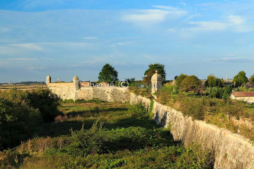 France, Charente-Maritime (17), Hiers-Brouage, citadelle de Brouage, les remparts et guérites // France, Charente Maritime, Hiers Brouage, Citadel of Brouage, walls and turrets