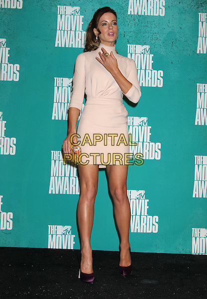 Kate Beckinsale.2012 MTV Movie Awards held at the Gibson Amphitheatre, Universal City, California, USA..June 3rd, 2012.full length beige high collar dress hand arm purple shoes .CAP/ADM/RE.©Russ Elliot/AdMedia/Capital Pictures.