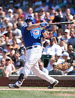 Chicago Cubs Phil Nevin during a game against the New York Mets at Wrigley Field on July 15, 2006 in Chicago, Illinois.  (Mike Janes/Four Seam Images)