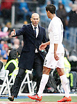 Real Madrid's coach Zinedine Zidane and Raphael Varane during La Liga match. February 13,2016. (ALTERPHOTOS/Acero)