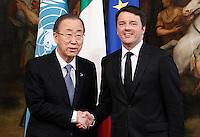 Il segretario nazionale dell'ONU Ban Ki-moon, a sinistra, stringe la mano al Presidente del Consiglio Matteo Renzi a Palazzo Chigi, Roma, 18 marzo 2015.<br /> UN Secretary-General Ban Ki-moon, left, shakes hands with Italian Premier Matteo Renzi at Chigi Palace, Rome, 18 March 2015.<br /> UPDATE IMAGES PRESS/Isabella Bonotto