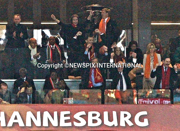 """QUEEN SOFIA CHEERS THE SPANISH GOAL WHILE CROWN PRINCE WILLEM-ALEXANDER AND CROWN PRINCESS MAXIMA, CROWN PRINCE FELIPE AND CROWN PRINCESS LETIZIA JAN PETER BALKENENDE AND KOFI ANAN .Look on, FIFA World Cup 2010 Final, Soccer City Johannesburg South Africa_11/07/2010  .Mandatory Credit Photos: ©Newspix International..**ALL FEES PAYABLE TO: """"NEWSPIX INTERNATIONAL""""**..PHOTO CREDIT MANDATORY!!: NEWSPIX INTERNATIONAL(Failure to credit will incur a surcharge of 100% of reproduction fees)..IMMEDIATE CONFIRMATION OF USAGE REQUIRED:.Newspix International, 31 Chinnery Hill, Bishop's Stortford, ENGLAND CM23 3PS.Tel:+441279 324672  ; Fax: +441279656877.Mobile:  0777568 1153.e-mail: info@newspixinternational.co.uk"""