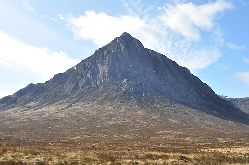 Volcanic crags, barren moorlands and glistening lochs are home to the<br /> lineage of Scotland's royal dynasties, known as clans.  The county's dramatic history is embedded in atmospheric locales like Glencoe and Glenfidden and castles such as Urquhart Castle and Inverary.