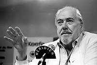 Augsut 31 1987 File Photo - Montreal (Qc) Canada - Filmmaker Robert Altman at Montreal World Film Festival.