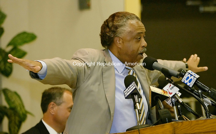 BRIDGEPORT, CT, 02 August 2006, 080206BZ01- The Rev. Al Sharpton outstretches his arms while making a point during a campaign rally in support of Senate candidate Ned Lamont at the Mount Aery Baptist Church in Bridgeport Wednesday evening. Lamont is challenging 18-year incumbent Joe Lieberman for the Democratic nomination.<br /> Jamison C. Bazinet Republican-American