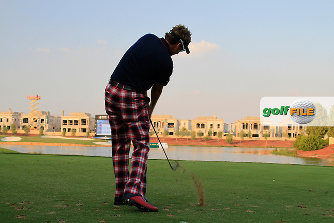 Ian Poulter tees off on the par3 17th hole during Day 3 of the Dubai World Championship, Earth Course, Jumeirah Golf Estates, Dubai, 27th November 2010..(Picture Eoin Clarke/www.golffile.ie)