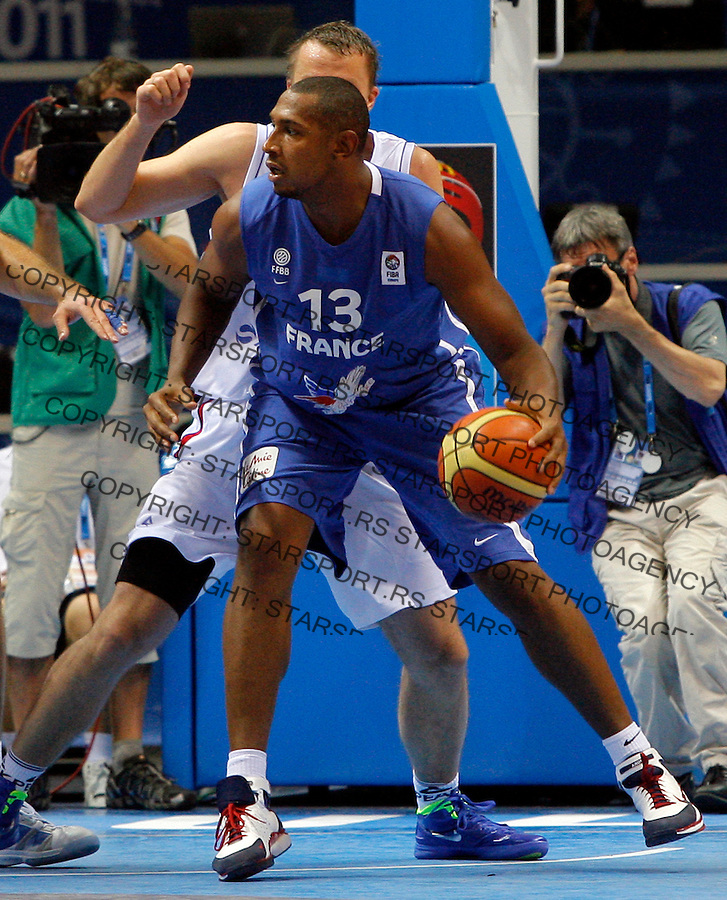 French national basketball team player Diaw Boris  during round 1, Group B, basketball game between Serbia and France in Lithuania, Siauliai, Siauliu arena, Eurobasket 2011, Monday, September 5, 2011. (photo: Pedja Milosavljevic/SIPA PRESS)
